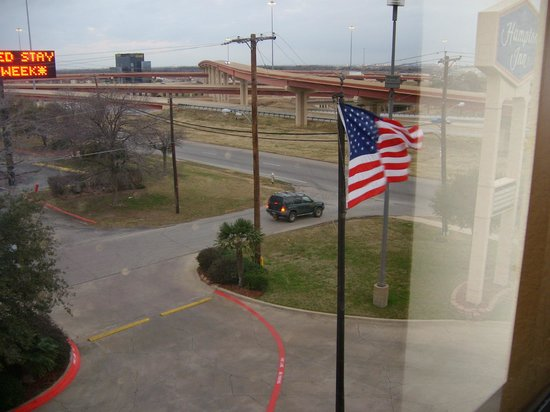 Hampton Inn Dallas/Ft. Worth Airport South:                   View from my window