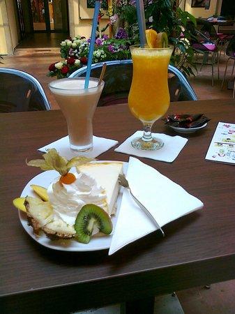 Tartas en Jet Cafe