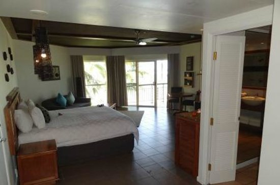 Outrigger Fiji Beach Resort:                   Deluxe Ocean View room from doorway