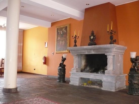 Imperial Cusco Hotel:                                     Recepción                                  