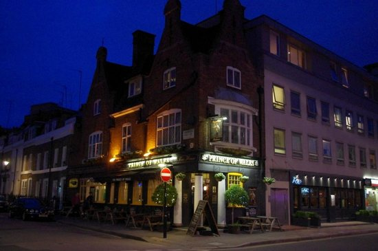 The Prince of Wales :                   Prince of Wales Pub