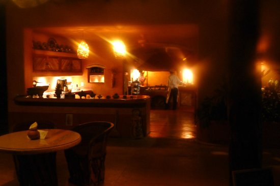 Casa Cuitlateca:                   Kitchen at night