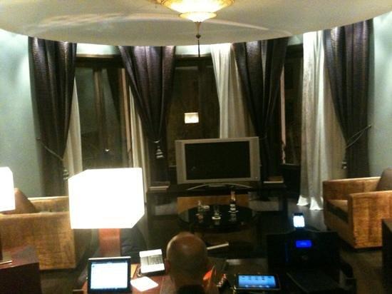 Casa Fuster Hotel:                   questo e' solo il salotto della suite
