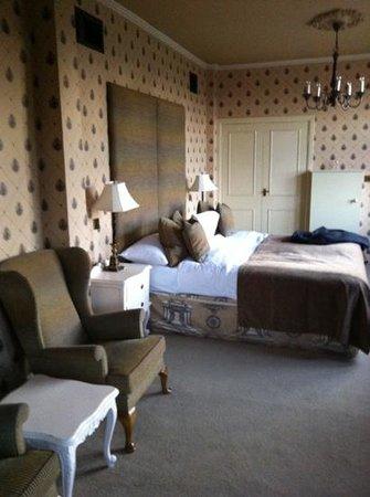 Ruthin Castle Hotel:                   room 218