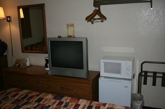 Super 8 Las Cruces/White Sands Area :                   Room Amenities