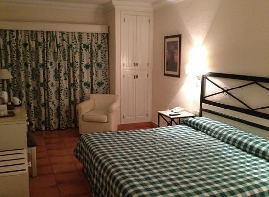 Hotel Jardin Tecina:                   superior room                 