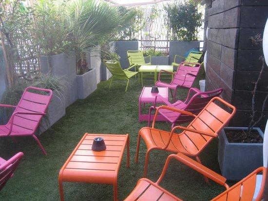 Hotel 7 Eiffel:                                                       Terraza / Terrace / Terrasse