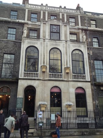 Sir John Soane's Museum:                   The exterior of the house