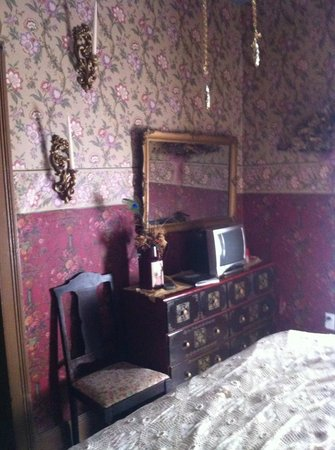 Shanley Hotel:                   The Marguerite room