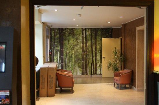 Hotel André Latin :                   Spazio davanti all'ascensore