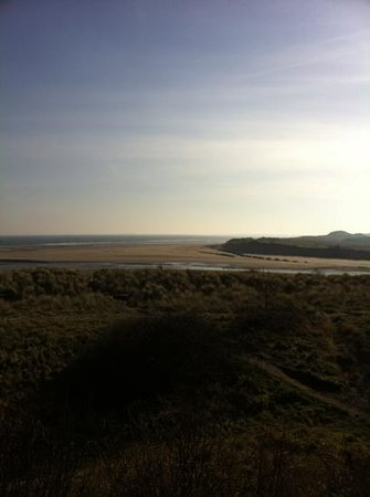 Cheviot Holiday Cottages:                   Beautiful Alnmouth