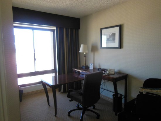 Marriott Vacation Club Pulse San Diego:                   The business area with a view