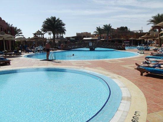 Sea Gardens:                                     pool