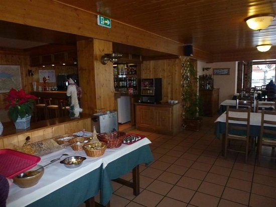 Hotel l'Ours Blanc:                   salle à manger