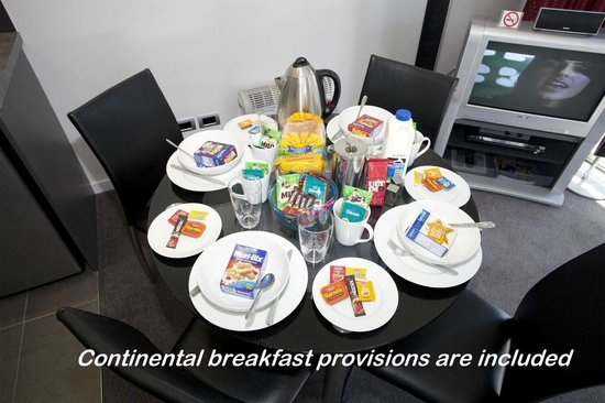 Martinborough Mews: Continental breakfast provisions included