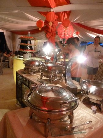 Discovery Shores Boracay:                   Chinese New Year banquet on the beach