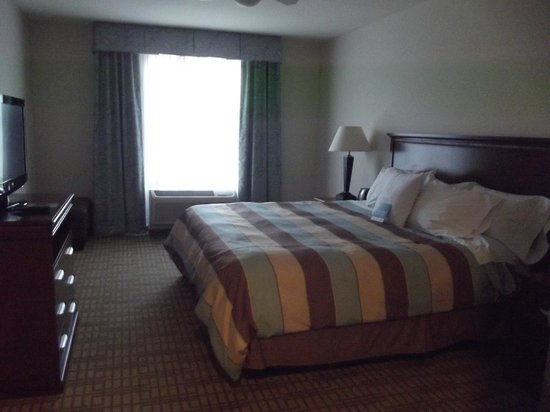 Homewood Suites by Hilton Wilmington/Mayfaire:                   Bedroom area