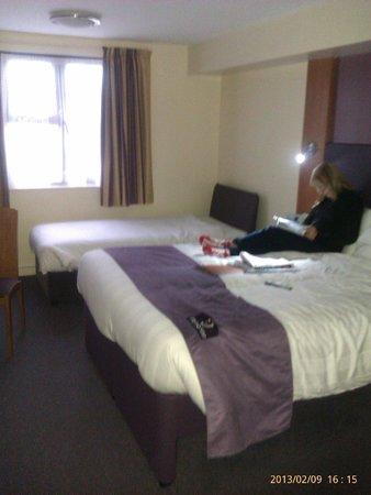 Premier Inn Gloucester (Longford) Hotel:                   Room