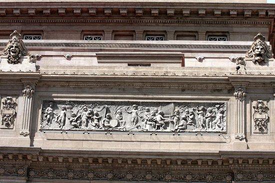 Teatro Colón:                   Teatro Colon (3)