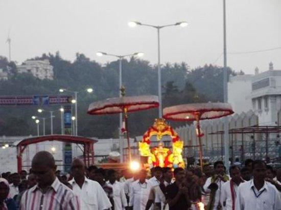 Tirumala Temple:                   evening procession