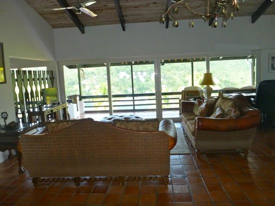 Marigot Palms Luxury Caribbean Guesthouse and Apartments:                   Sandringham Living room