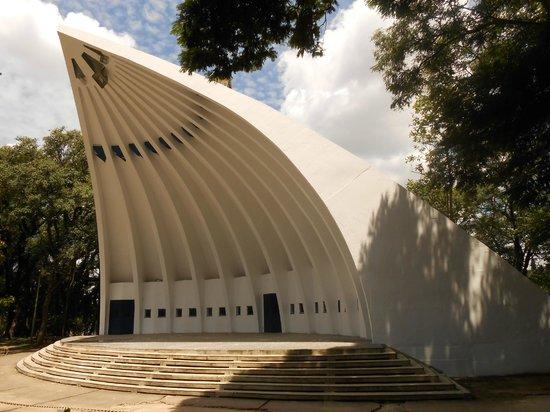Parque Portugal:                   Concha acústica
