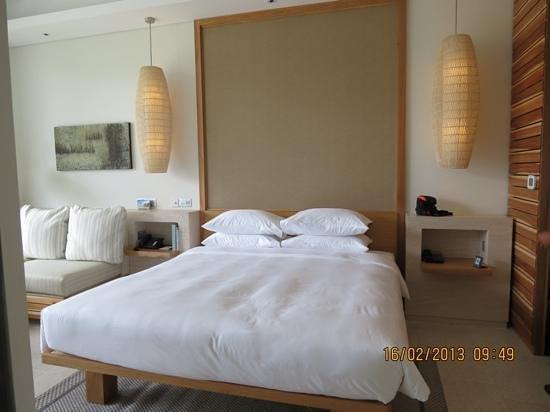 Hyatt Regency Danang Resort & Spa:                   bed room