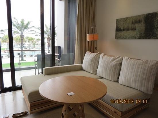 Hyatt Regency Danang Resort & Spa:                   sofa