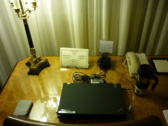 Royal Park Hotel :                   Desk with desktop power outlet and Ethernet jack