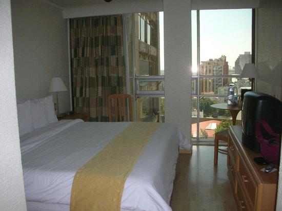 Hotel PF:                   room