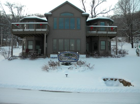 The River Nest B&B: Winter!!