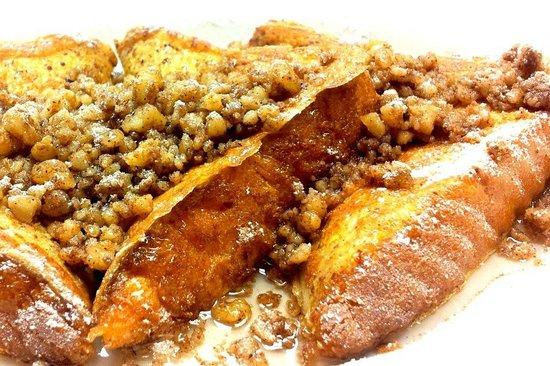 Baklava French Toast: fotografía de PepperMill Cafe, High Point ...