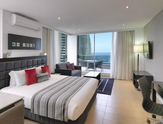 Meriton Serviced Apartments - Broadbeach: Studio Ocean View Apartment