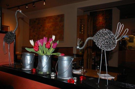 keystone alley very cozy decor - Cork Cafe Decor
