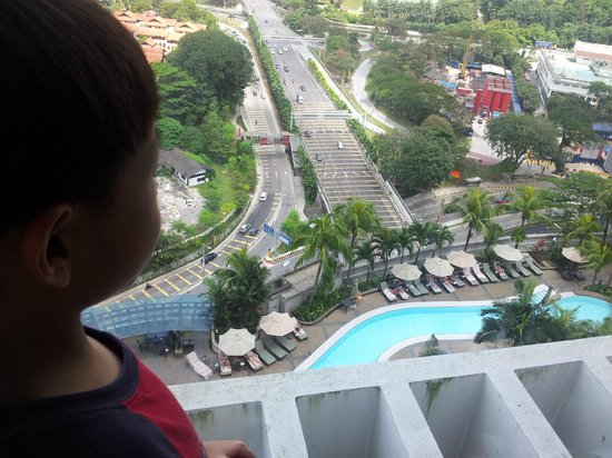 Hilton Kuala Lumpur:                   view from our room down to swimming pool