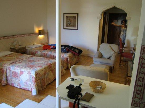 Hotel Oriental:                   room