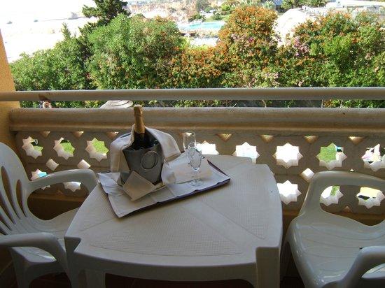 Hotel Oriental:                   balcony