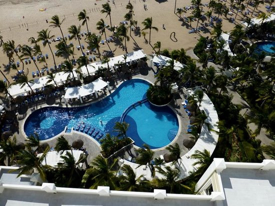 Hotel Riu Emerald Bay:                   view