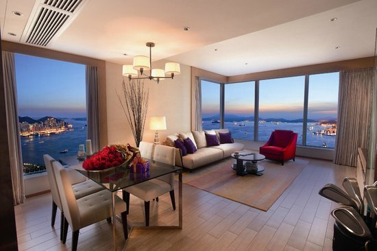 The HarbourView Place: One-bedroom Deluxe Suite