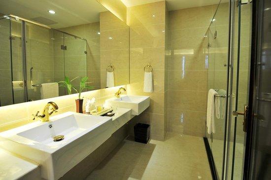 Dara Airport Hotel : Bathroom