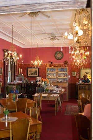 Her Majesteas Salon :                   Main parlour
