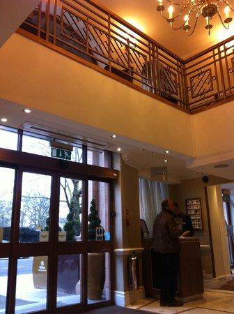 Hilton London Hyde Park:                   Lobby