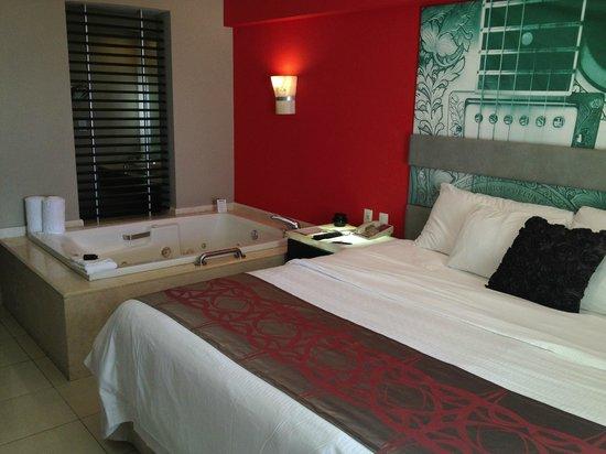 Hard Rock Hotel Vallarta:                   Room 4025 - King bed and balcony
