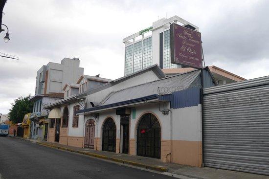 Hotel Santo Tomas:                   hotel facade