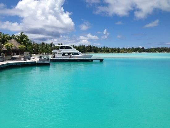 The St. Regis Bora Bora Resort:                   Torqouise lagoon SRBB main entrance