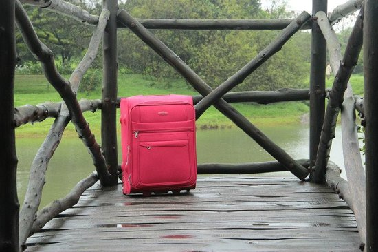 our little red suitcase travels to The Machan