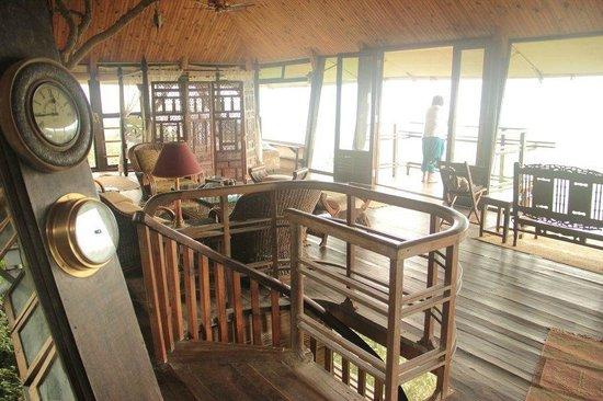 The Machan:                   heritage machan deck