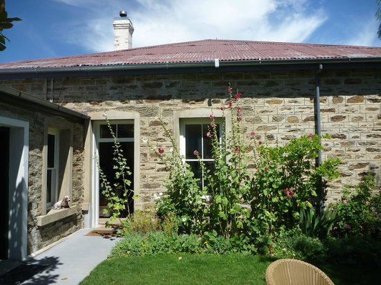 Olivers Central Otago:                   Courtyard