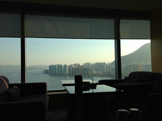 Hyatt Regency Hong Kong Sha Tin:                   クラブラウンジ