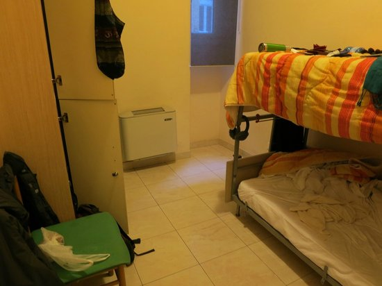 Mosaic Hostel :                   double room without bath